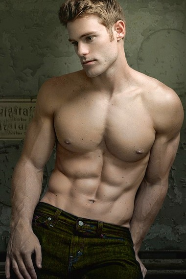 Your Hunk of the Day: Allen Clippinger