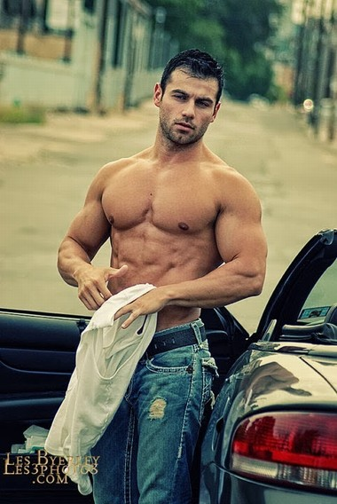 Your Hunk of the Day: John Gioffre