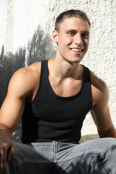 Your Hunk of the Day: Max Hansen